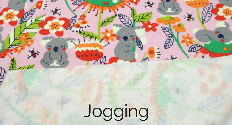 Wat is het verschil tussen tricotstof en joggingstof?