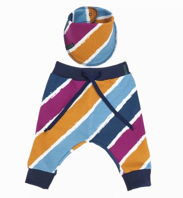 Sjaaltje met diagonale strepen